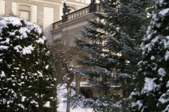 Snow covers the peaceful Zahrada na baště