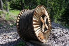 Rusting cable