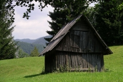 A traditional farm building on a planina on Rudnica