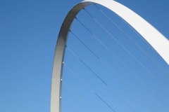 The arch of the Gatshead Millennium bridge 1